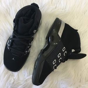 Air Jordan 17 Retro (GS)  Basketball Shoes